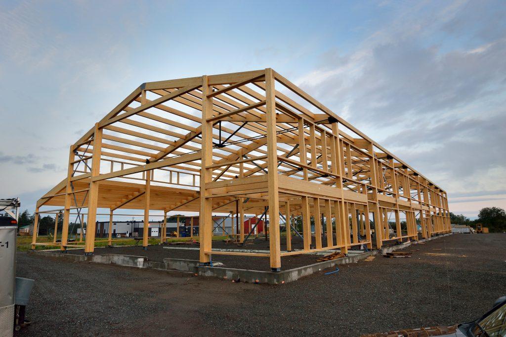 Structure bois lamellé-collé usine Écorad-12